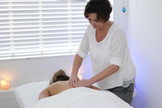 Neomah Massage behandeling
